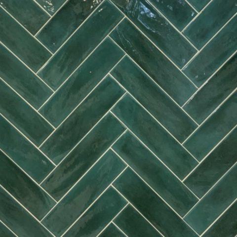 Cifre-opal-emerald-handvorm tegels-Vlagsma tegelwalhalla-1