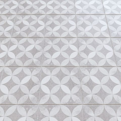 Vives-nassau-kerala-gris-20x20 cm-Vlagsma tegelwalhalla-1