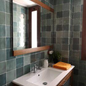 Life artisan verde-13x13-handvorm tegels-Vlagsma tegelwalhalla